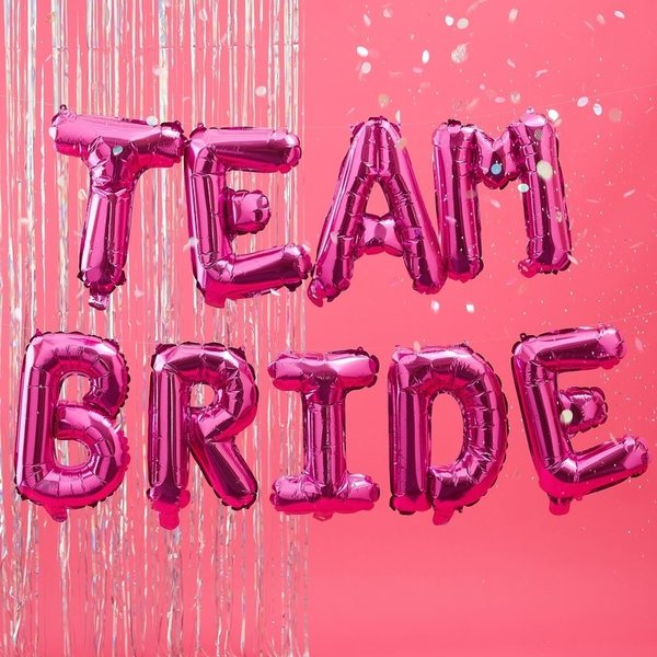 Балон надпис TEAM BRIDE в цикламено