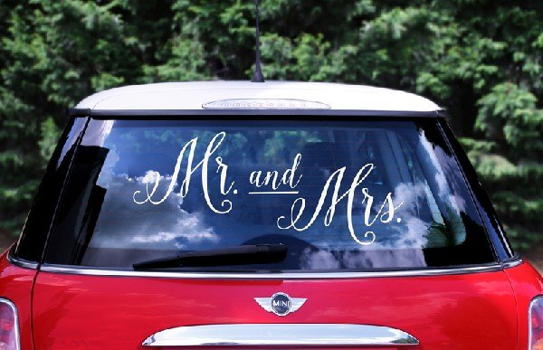 """Страхотен стикер за кола """"MRS and MR"""""""