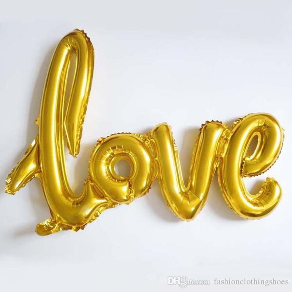 """Балон надпис """" LOVE"""" в злато за украса и снимки"""