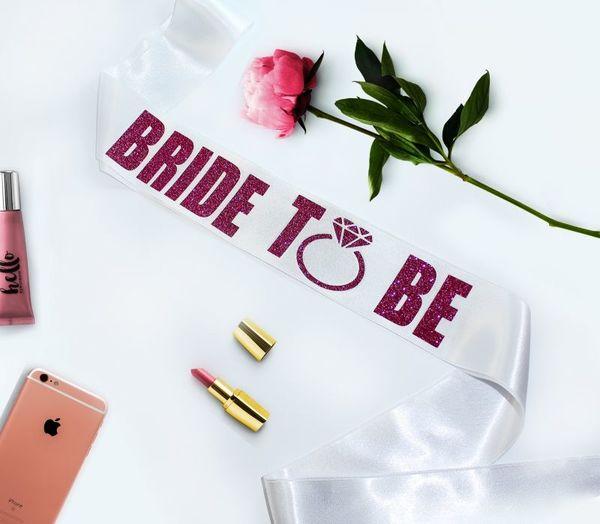 """Сатенена лента с надпис от glitter бижу """" Bride To Be"""""""