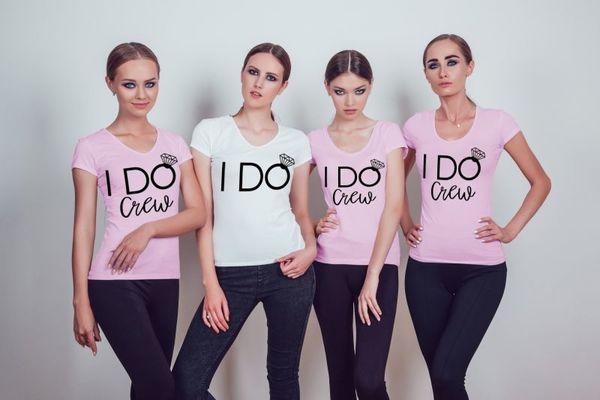 "Тениски за моминско парти "" I DO CREW"""