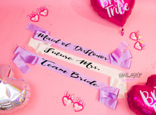 Ленти за моминско парти - Future Mrs. + луксозна панделка закопчалка за лента