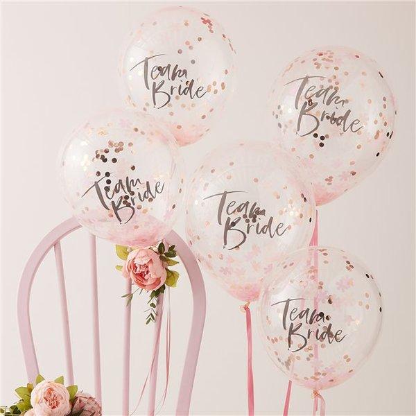 5броя красиви и стилни балони с надпис и конфети