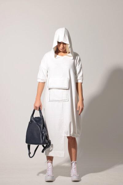 Ασύμμετρο φόρεμα με κουκούλα και μπροστινή τσέπη: /KIMI/