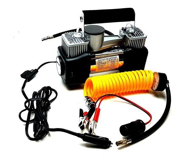 Авто компресор - метален с прожектор