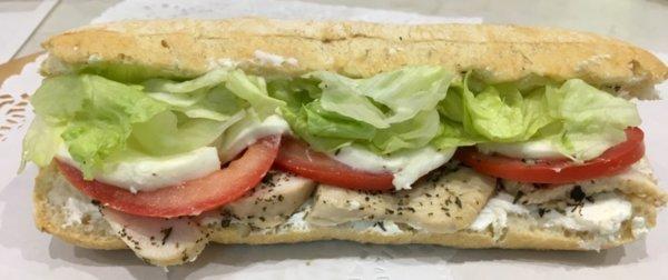Сандвич с билкови пилешки филенца