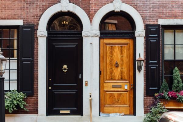 Избор на врата - възможности и особености