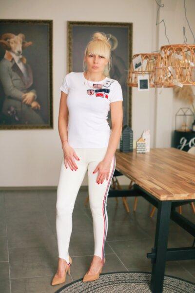 Бяла тениска с нашивки BL143W1