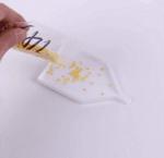 Диамантен гоблен Пролетна прегръдка (по оригинал на Дамян Петров) - 40х50, квадратни мъниста