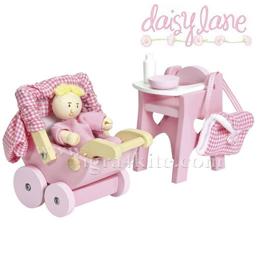 Le Toy Van - Комплект бебе в количка ME044