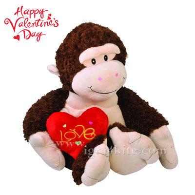Плюшена играчка маймунка 30см. за св. Валентин 23372801