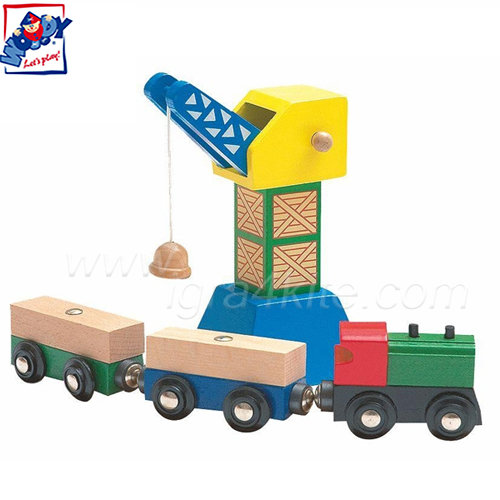 Woody - Детски кран с товарен влак 90581
