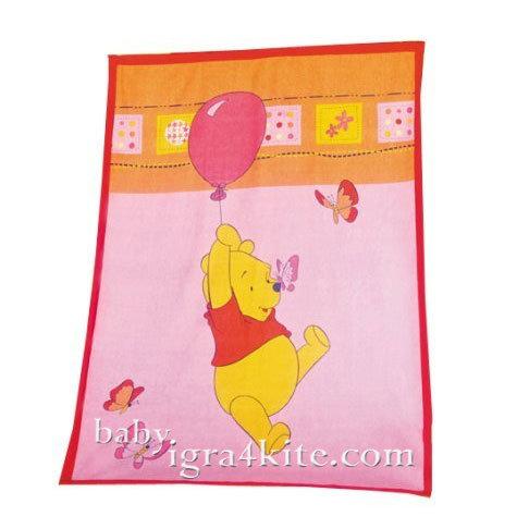 """Herding - Бебешко одеяло Disney """"Мечо Пух играе с балон"""""""
