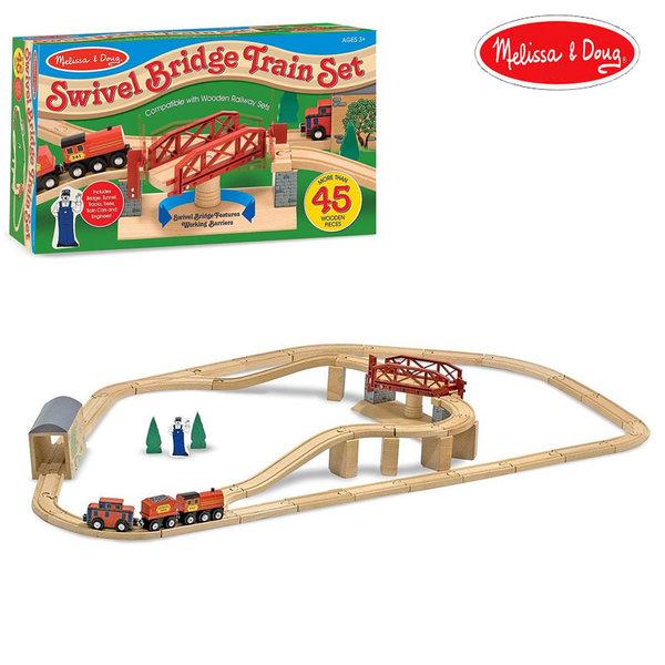 Melissa&Doug - Дървено влакче с релси и въртящ се мост 10704