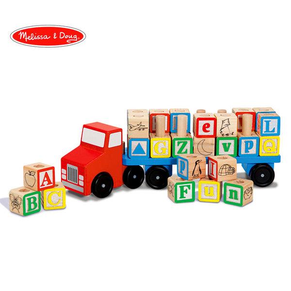 Melissa&Doug - Дървен камион с кубчета букви за нанизване 15175