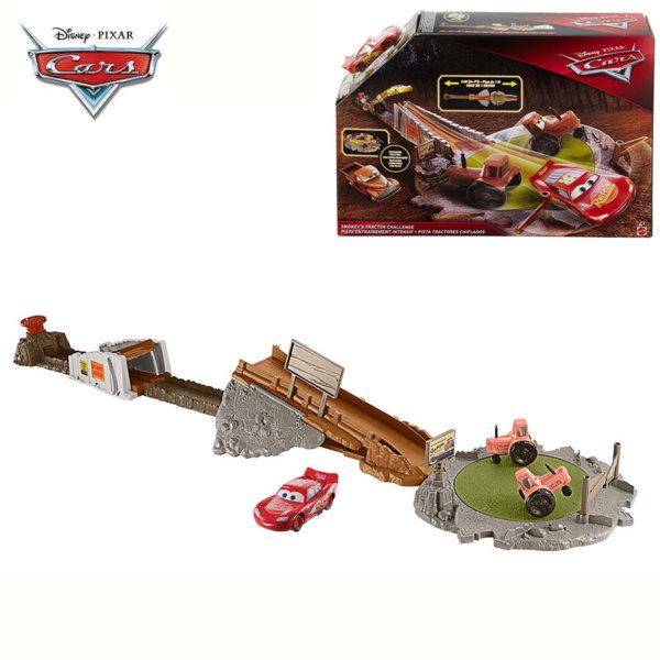 Mattel - Disney Cars Писта с изстрелвачка Smokey's Tractor FLK03