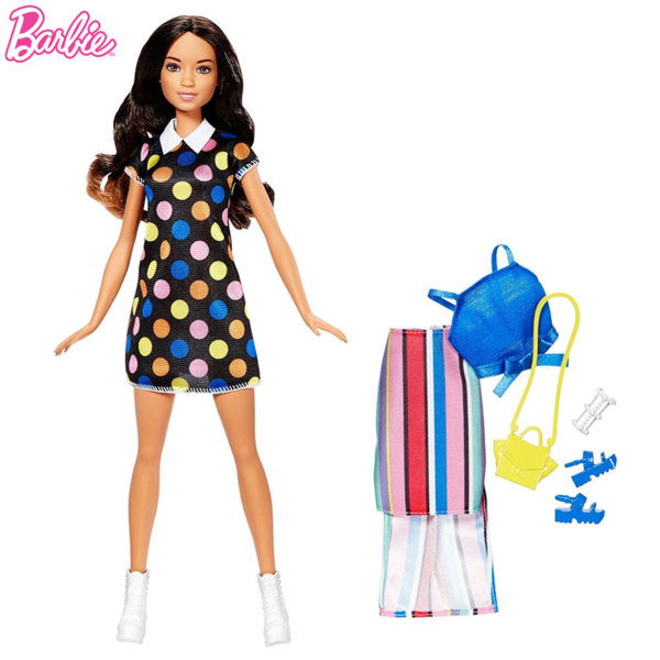 Barbie - Кукла Барби с втори тоалет брюнетка FFF58