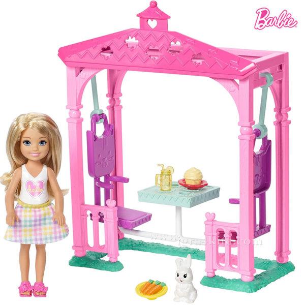 Barbie - Челси на пикник в беседка FDB32