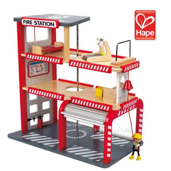 Hape - Дървена пожарна станция H3007