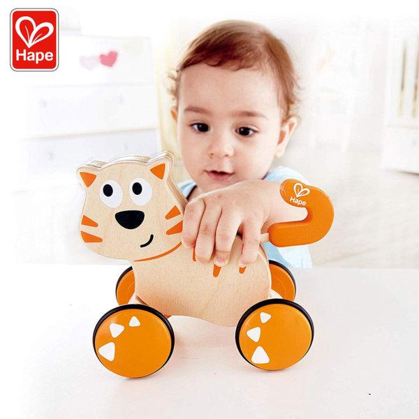 Hape Дървена играчка Коте на колела Push and Go H0363