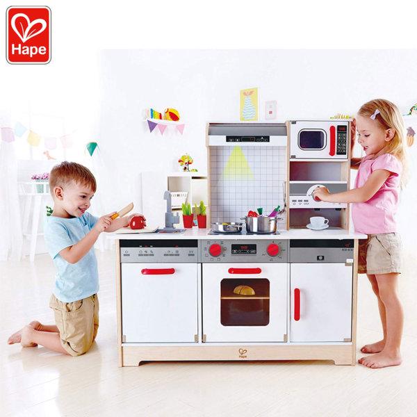 Hape Дървена кухня със звукови и светлинни ефекти All-in-1 H3145