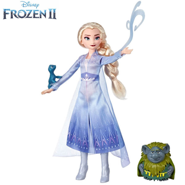 Disney Frozen II Елза с дядо Паби и саламандър E6660