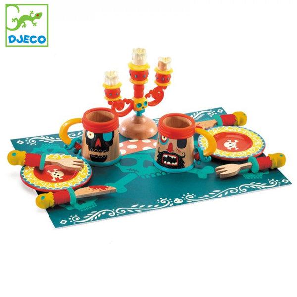 Djeco Дървен сервиз за хранене Вечеря за пирати DJ06522