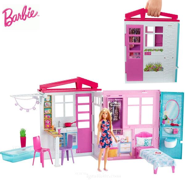 Barbie Преносима лятна къща с кукла Барби FXG55