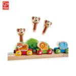 Hape Дървено влакче Джунгла с ксилофон и изкачащи маймунки H3825