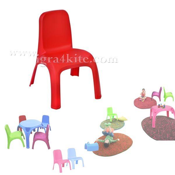Детско столче червено
