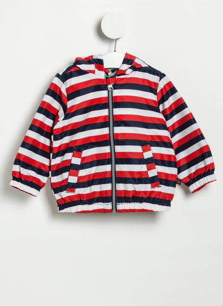 Червено раирано яке