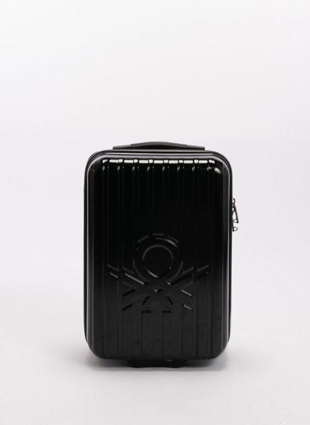 Куфар с лого