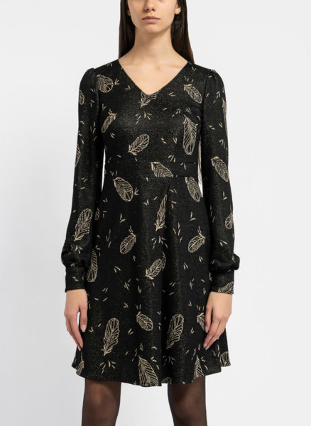 Черна рокля от жакардова материя