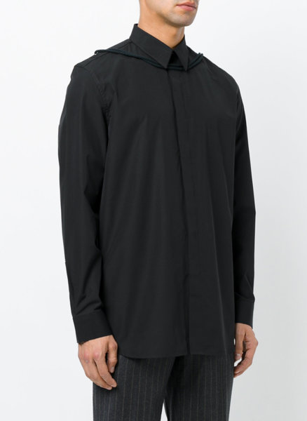 Риза Givenchy