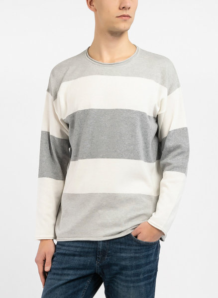 Раиран пуловер