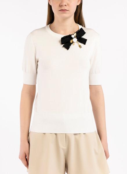 Блуза с детайл панделка