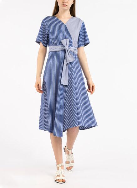 Памучна рокля с райе