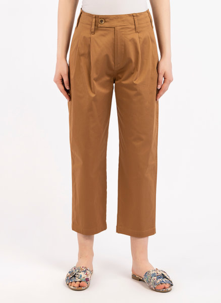Chino панталон с басти