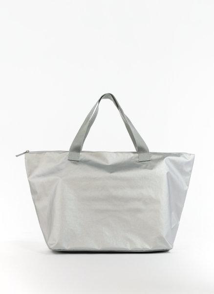 Сребриста чанта