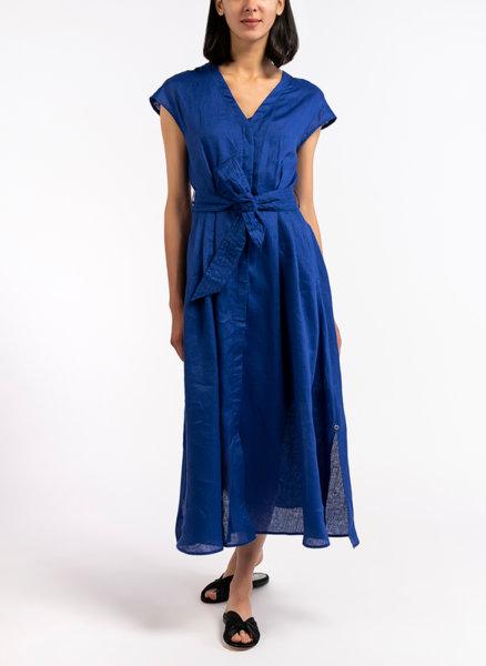 Разкроена рокля от лен