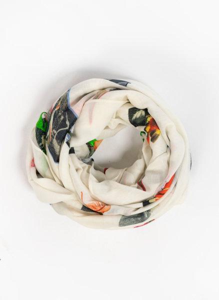 Копринен шал със Scrapbook принт