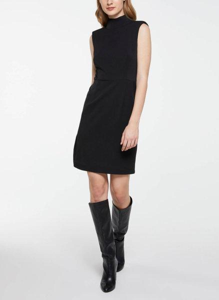 Еластична рокля без ръкав Sisley