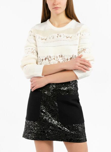 Пуловер с детайл от дантела  Nº21
