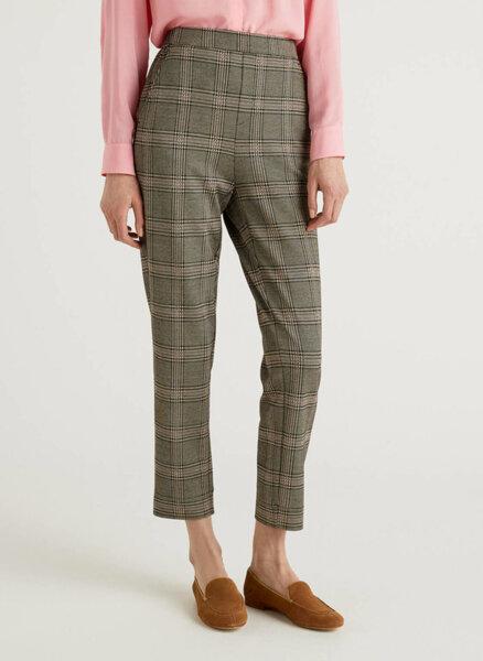 Kaриран панталон United Colors of Benetton
