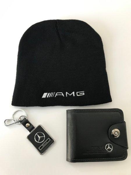 Μάλλινο καπέλο με κεντήματα, πορτοφόλι από τεχνητό δέρμα και κομψό μπρελόκ - Mercedes-Benz AMG