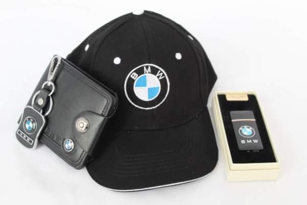 Καπέλο με γείσο, μπρελόκ, πορτοφόλι και αναπτήρα USB - BMW