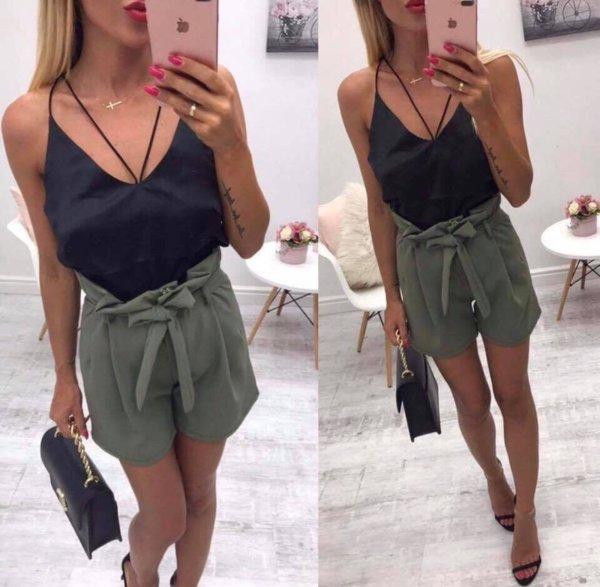 Модерен дамски къс панталон с колан