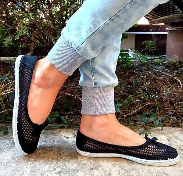 Дамски ежедневни обувки - мрежа в черно