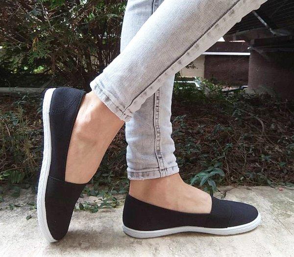 Ежедневни дамски обувки в черно
