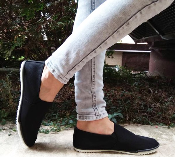Дамски ежедневни обувки в черно